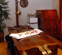 Ayurvedic Massage Table ayurvedic massage About Ayurvedic Massage Ayurvedic Massage Table2